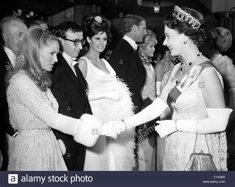 maria callas queen elizabeth queen elizabeth ii shakes hands w ursula andress after