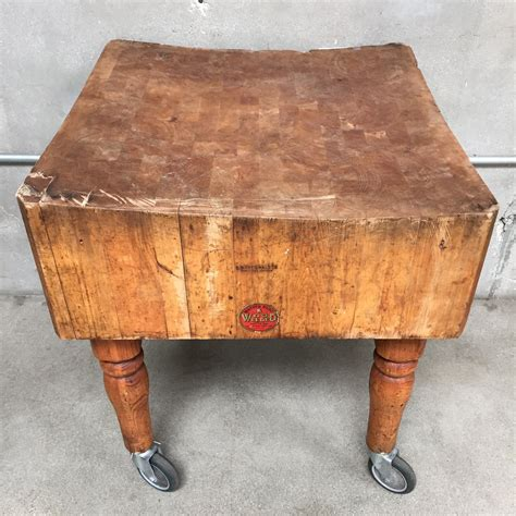 Hiasan Vintage Photo Blocks Antique vintage butcher block table on casters urbanamericana