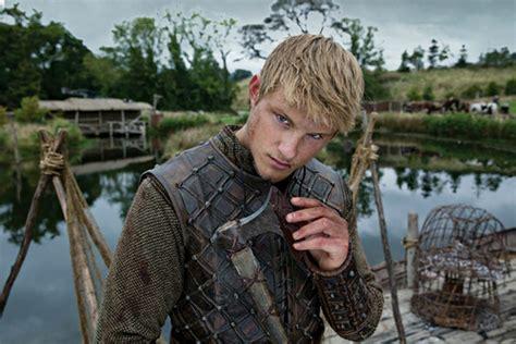 bjorn lothbrok viking season 2 bjorn lothbrok pinterest vikings tv series images vikings season 2 bjorn