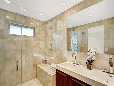 how to clean bathroom mirror