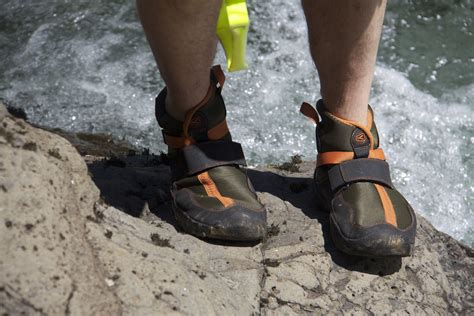 athlete s foot shoes kayakers seek remedies for athlete s foot water sports