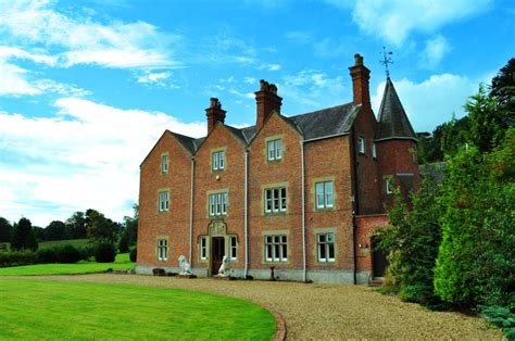 rent a house for a weekend large country house to rent for the weekend with a hot tub