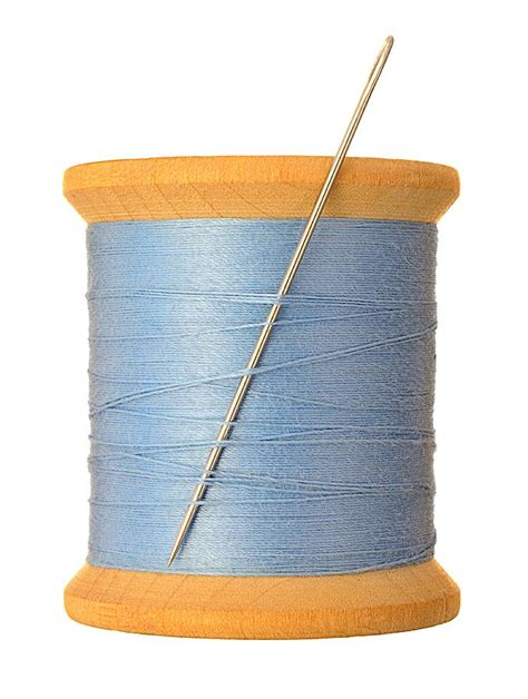 String With Needle And Thread - intermedio2englisheoi unit 6a