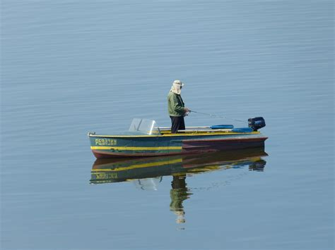 gambar laut perahu sungai sepatu bot kendaraan ikan