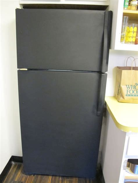 chalkboard paint on fridge best 25 chalkboard fridge ideas on