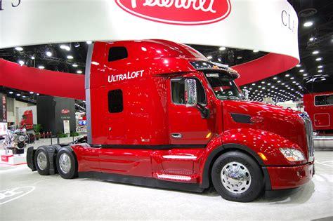 peterbilt motors  mats  american trucker