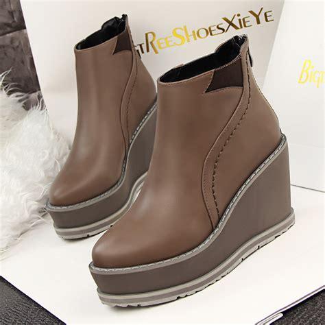 zapatos de moda en macys zapatos estilo botas para mujer