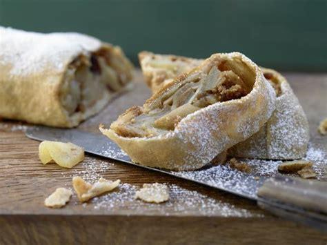 whole grains usa whole grain apple strudel recipe eat smarter usa