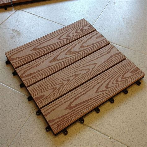 legno per pavimenti pavimento in legno composito per esterni idee di design