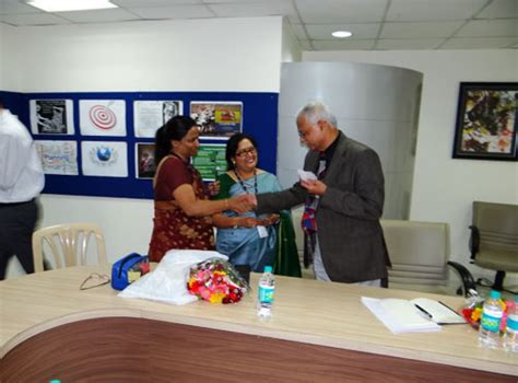 Donation In Symbiosis Mba by Students Of Symbiosis International School Pune Learn