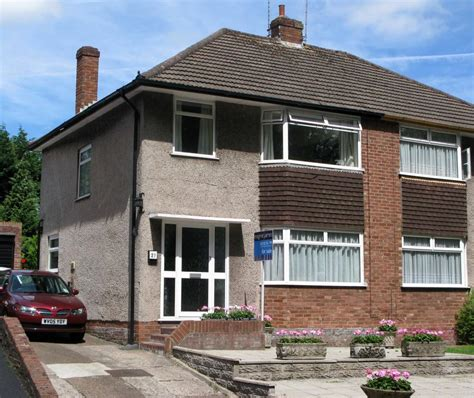 3 bedroom house cardiff 3 bedroom house to rent in gwern rhuddi road cyncoed
