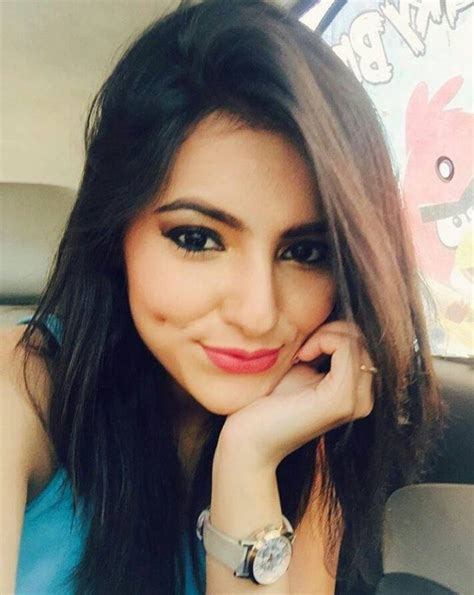 Ginni Kapoor (Model) Height, Weight, Age, Affairs ...