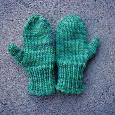 easy toddler mitten knitting pattern easy knit mittens knitted projects