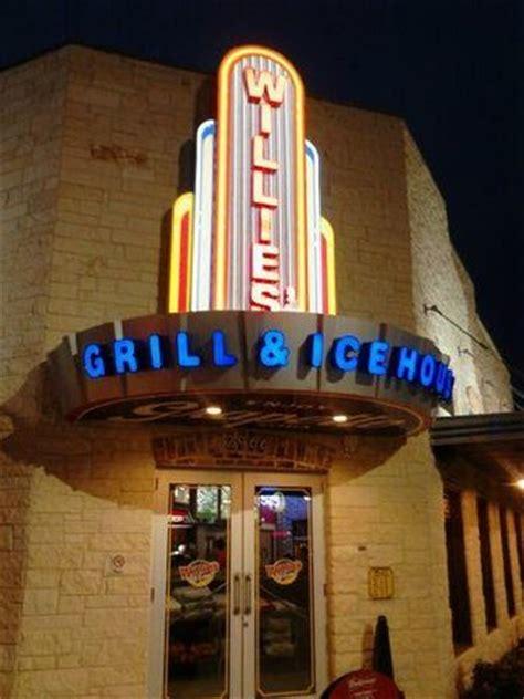willie s ice house willie s grill ice house restaurant reviews new braunfels texas tripadvisor