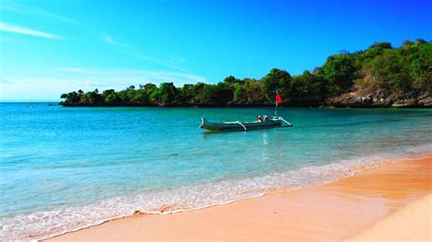 best beaches lombok tangsi lombok one of the best activities in lombok