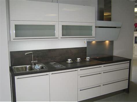 küchen glasfronten erfahrungen k 252 che holz eiche