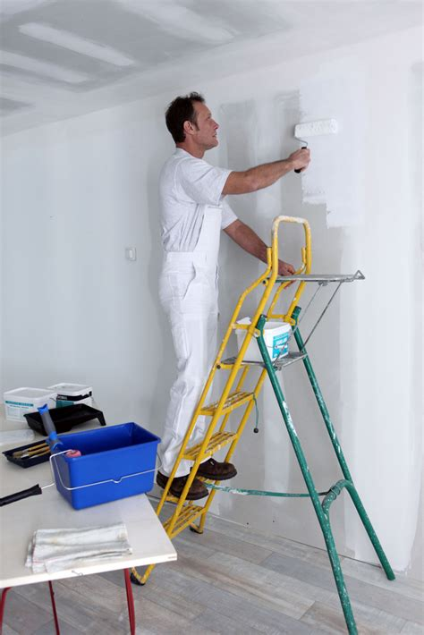 cockeysville painting contractor house painter choosing the right type of paint kalispell painting