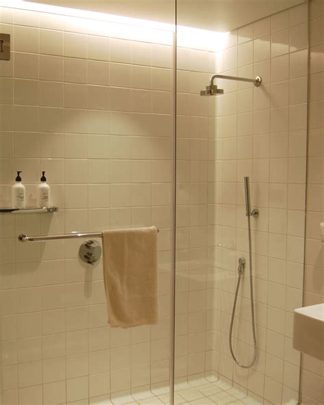 Showers At Lax by Review Qantas Class Lounge Los Angeles Lax Travelsort