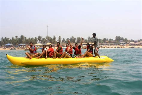 banana tube boat ride in goa 5 adventure water sports in india getupandgo