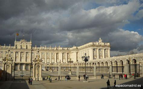 palacio real madrid entrada gratuita el palacio real de madrid lia su horario de visita