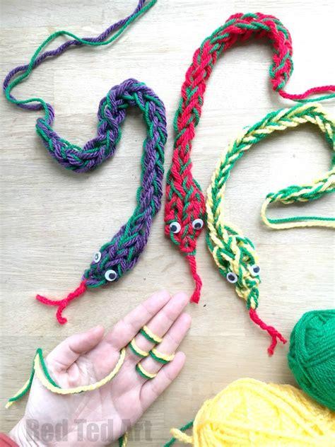 finger knitting finger knitting snakes red ted art s blog