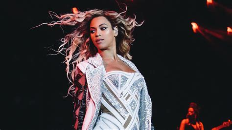 Beyonce Invests In Not Fancy Cars Or Jewelry by Beyonc 233 Knowles Tops The Forbes 100 List