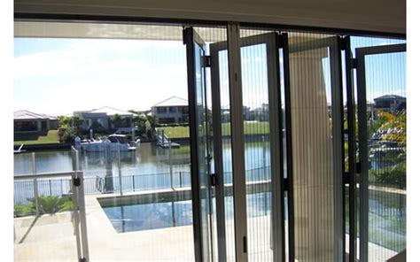 Aluminium Bifold Doors With Fly Screens by Bi Fold Door Insect Screen From National Screens