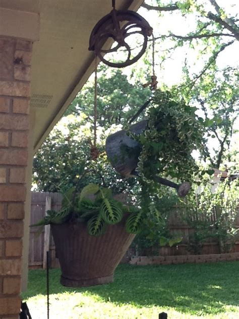 17 best ideas about hanging planters on pinterest 17 best images about plant pulley ideas on pinterest