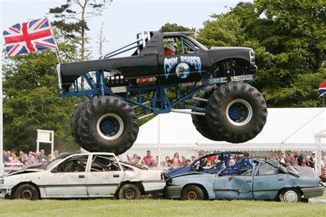 monster trucks show nj jersey extreme stunt show at peoples park sunday 27