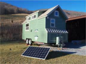 Little House On Wheels Little Green House On Wheels Tiny House Swoon