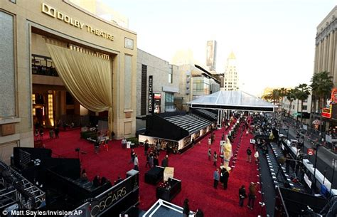 Im In Los Angeles For The Oscars by Oscars 2013 Workers Prepare The Carpet For