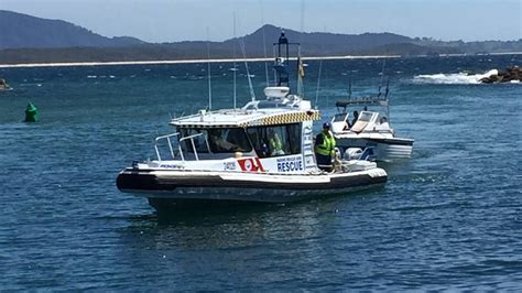 real rescue search and rescue exercise at bermagui locates three in a tinnie narooma news