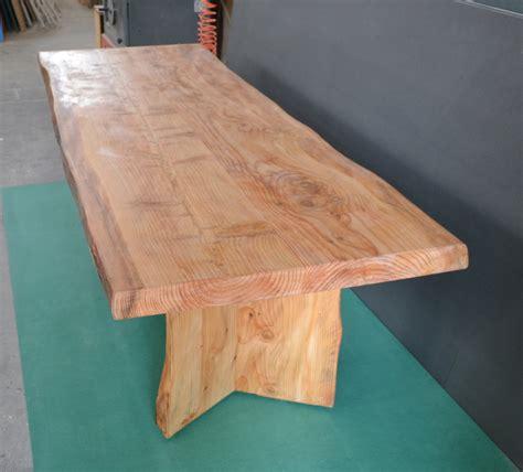 tavola in legno massello tavolo in legno massello di cedro tavoli mobili