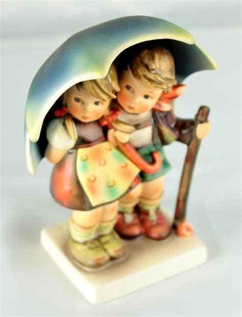 hummel dogs 32 best images about hummel figurines on umbrella farm boys and trotter