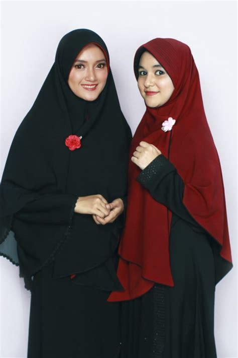 Alsa Jilbab Bergo Bolak Balik Uk M bergo bolak balik hitam merah marun alsa