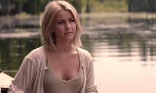 julianne hough hairstyle in safe safe haven plays it safe but that s not necessarily a