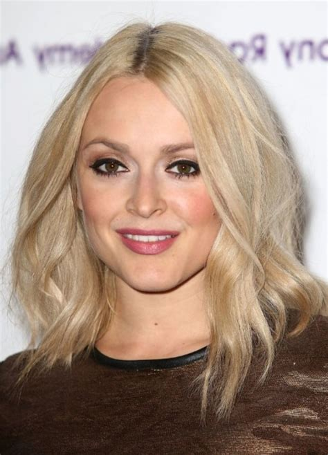 blonde hair is usually thinner 8 most suitable hairstyles for thin blonde hair