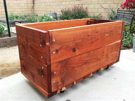 Rolling Planter by 10 Square Foot Garden Ideas
