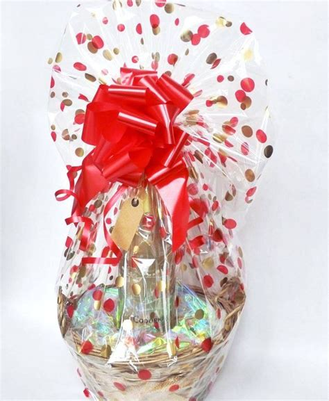 wrapping a gift basket with cellophane 30 best images about gift wrapping ideas with cellophane