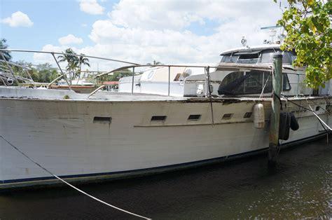 salvage boat auctions usa broward marine 63ft quot the contessa quot flushdeck motoryacht