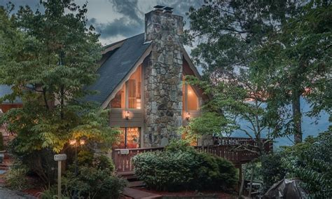 groupon bed and breakfast the foxtrot bed and breakfast in gatlinburg tn groupon getaways
