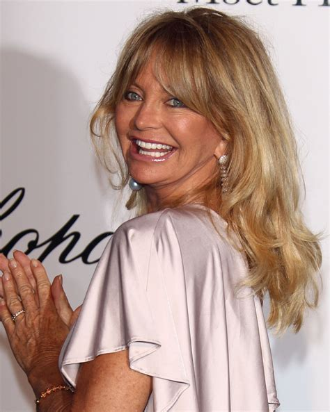 goldie hawn s body is out of this world photos huffpost