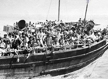 types of vietnamese boats vietnamese boat people history learning site