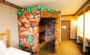 Great Wolf Lodge Hotel Room - welcome to great wolf lodge new england great wolf lodge discounts