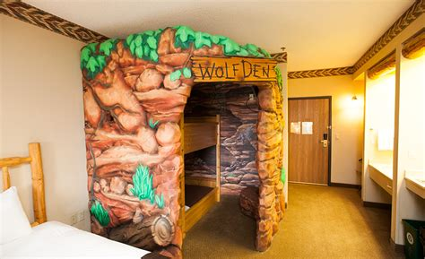 themed hotels in ohio welcome to great wolf lodge new england great wolf lodge