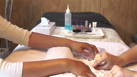 how to do a salon manicure at home