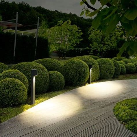 landscape bollard lights best 25 landscape lighting ideas on garden