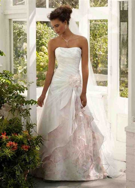outdoor wedding dress ideas wedding and bridal inspiration