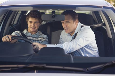 drive drove driven top tips for teaching your child to drive hug the roads