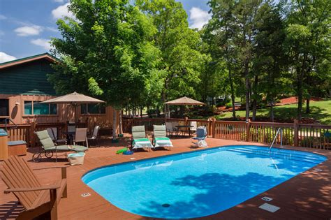 Pet Friendly Cabins Branson Mo by Cabins At Green Mountain Pet Policy